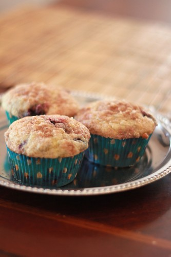 blueberry muffins 006