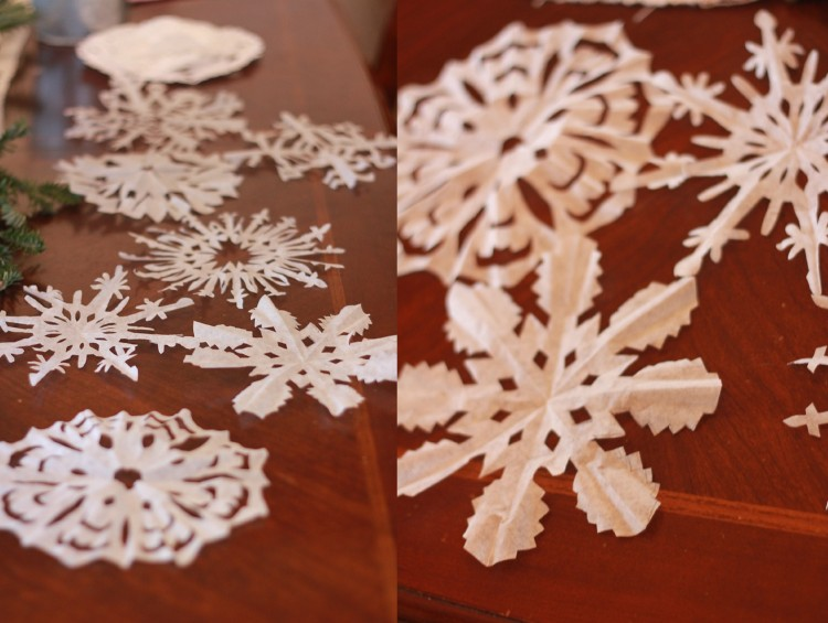 Cottage Christmas l southern snowflakes