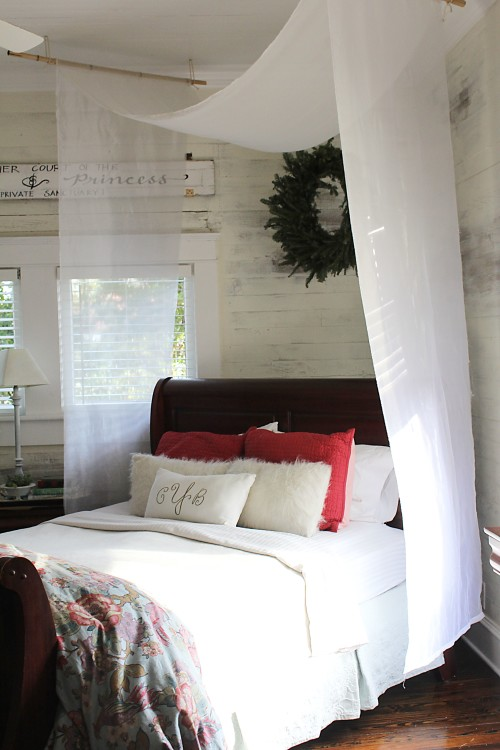 master bedroom with wreath