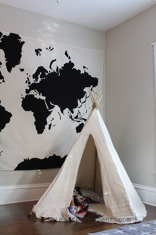 teepees and big maps